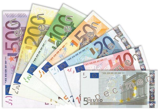 01_banknotes